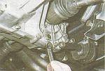 чо то ты видать недогоняешь. ткни носом? где ты на фото видишь две рядом пробки в низу КПП?